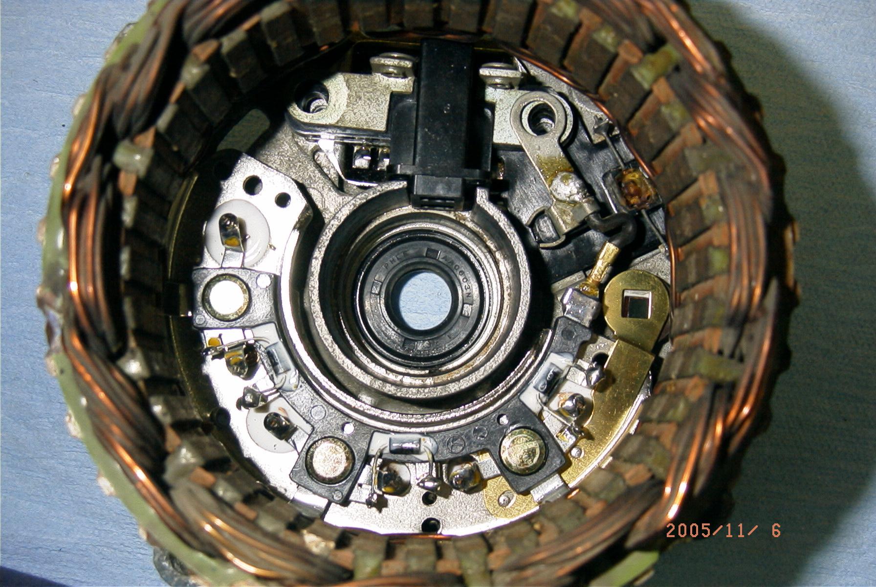 Hitachi LR150 50A alternator - NissanDiesel