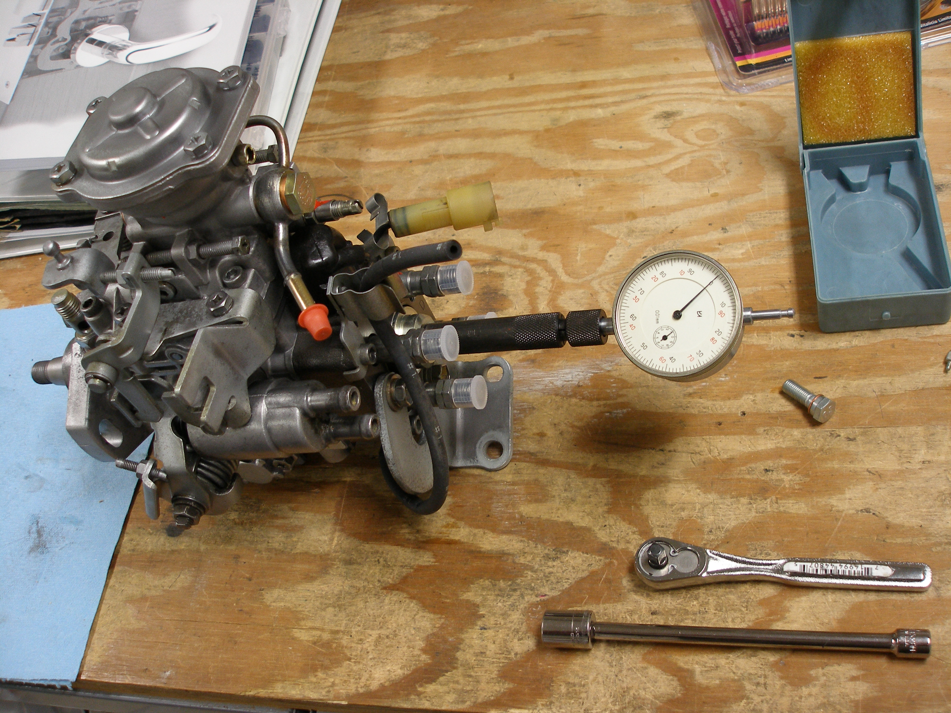 toyota diesel 2lt injector