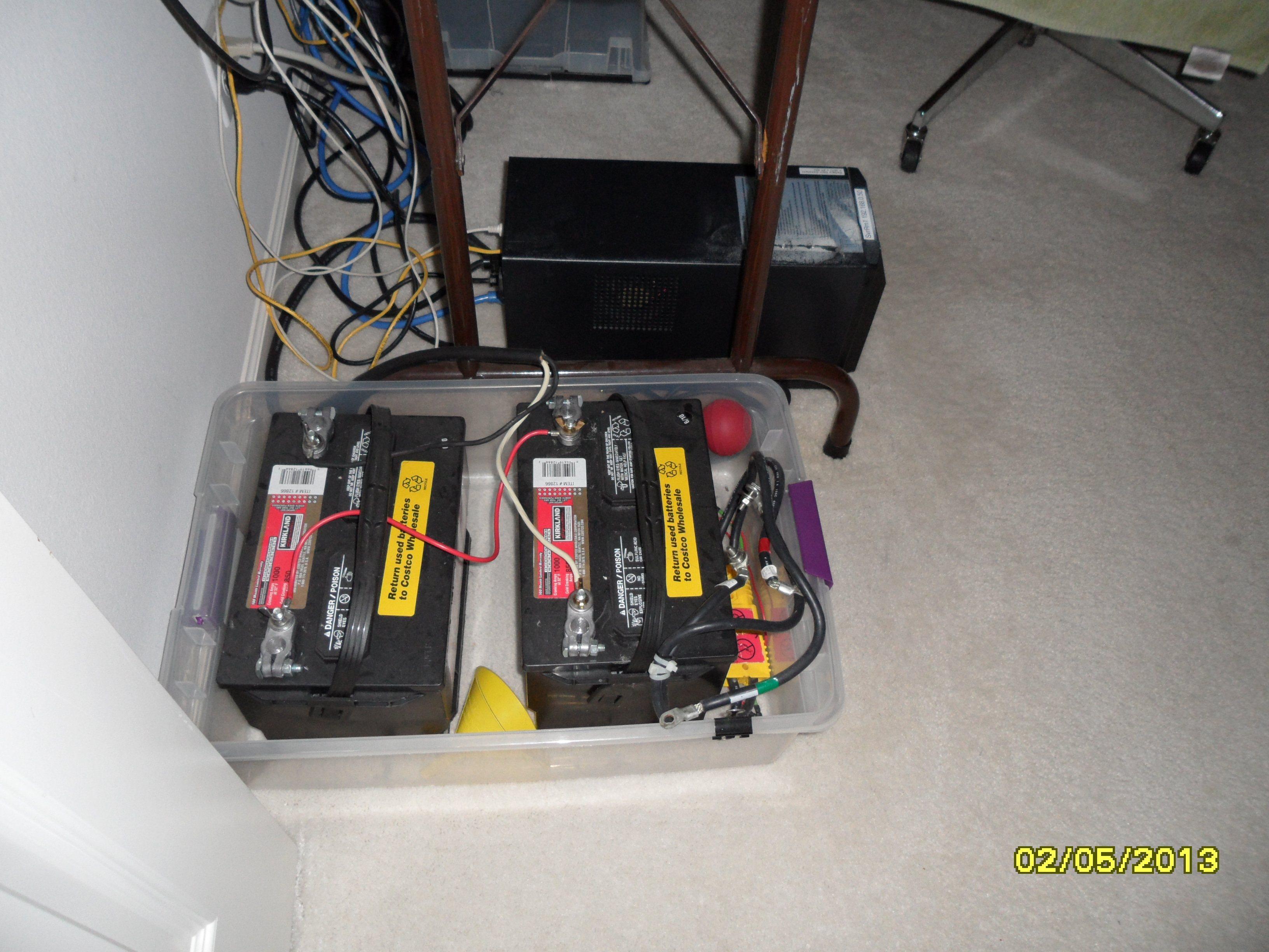 Adusting battery float voltage on APC Smart-UPS SUA1000/XL ...